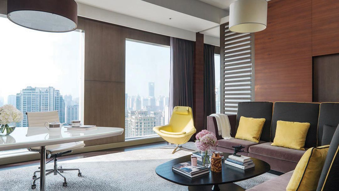 The Langham Shanghai Xintiandi-Executive Suite-Living Room.jpg